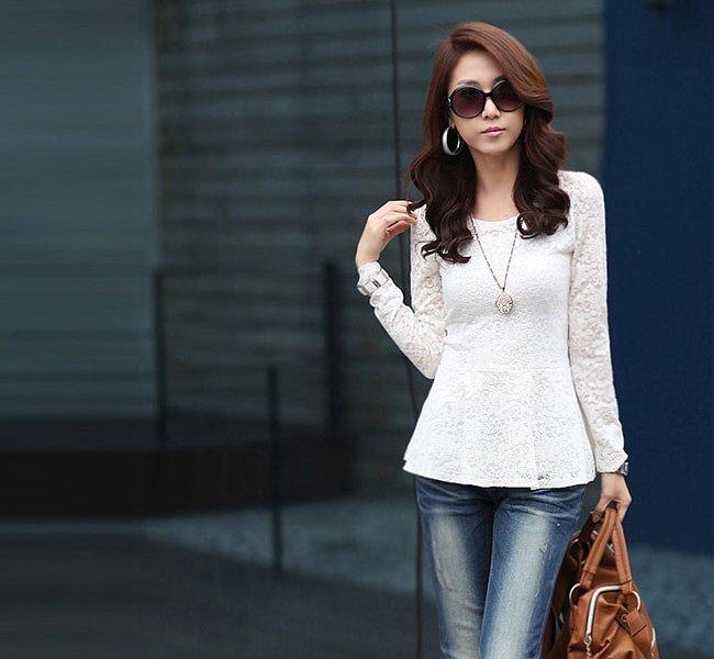 30a31492965 Женские блузки весна-лето 2016  самые актуальные модели и правила выбора  блузок