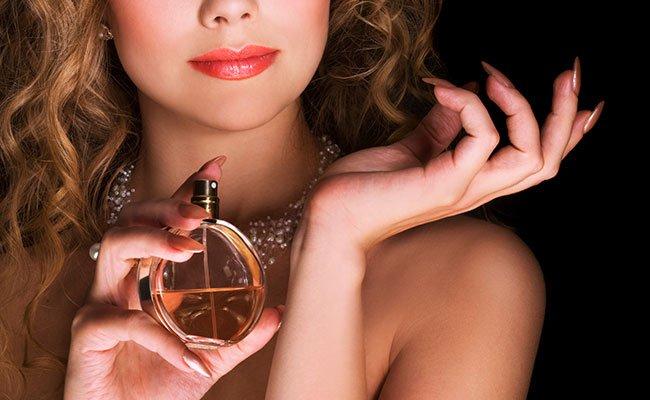 В поисках идеального парфюма: практическое руководство по выбору женских духов