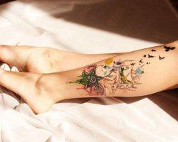 Татуировки для девушек на ноге