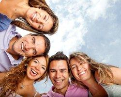 Веселые розыгрыши ко Дню смеха для коллег и детей