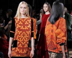 Янтарная коллекция Валентина Юдашкина на парижской Неделе моды