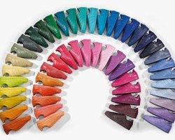 Семь радуг в новой коллекции обуви Adidas
