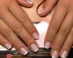 Где укрепить и оздоровить ногти?
