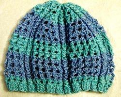Модный ажур: вяжем женскую летнюю шапочку спицами