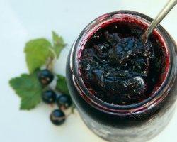 На вкус и цвет: рецепты варенья из черной и красной смородины