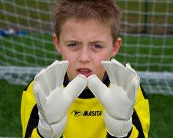 К спортивным высотам: как выбрать  правильную детскую форму для занятий спортом