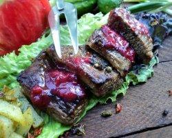 Подарок для любимого мужчины: рецепт сочного стейка из говядины