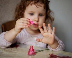 Праздник для принцессы: учимся делать детский маникюр