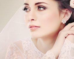 Эта сладкая свадьба: праздничный макияж невесты-брюнетки