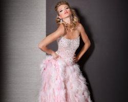 Розовое свадебное платье: воплощение хрупкой нежности
