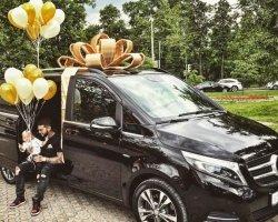 Дочь Тимати и Алены Шишковой получила в подарок от папы внедорожник