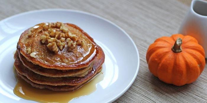 Полезные оладушки: самые вкусные тыквенные оладья на сковороде и в духовке