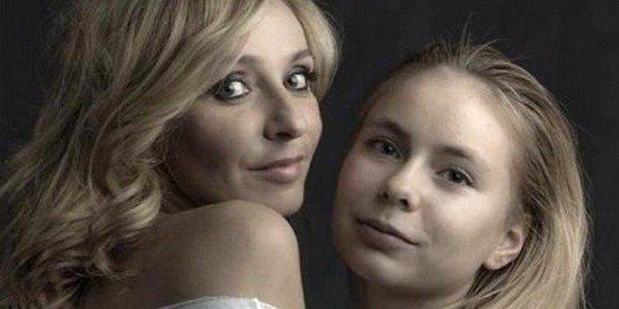 Дочь Татьяны Навки штурмует хит-парад «Русского радио»