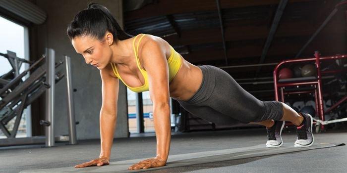 Упражнение планка – сжигаем жир за 1 минуту!