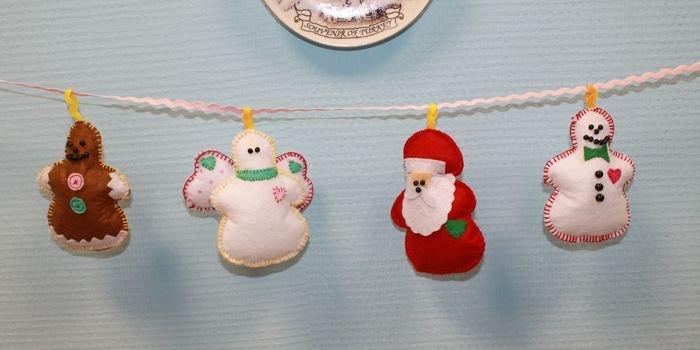 Милые поделки: как сделать новогодние игрушки из фетра своими руками