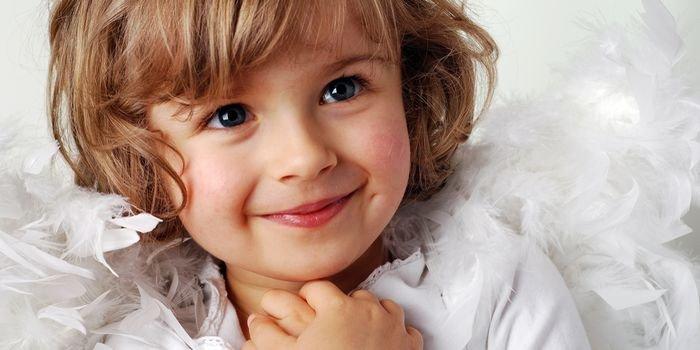 Маленькие красавицы: идеи новогодних костюмов для девочек