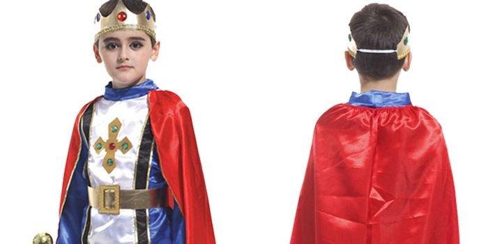 Супермен против Снеговика: идеи новогодних костюмов для мальчиков