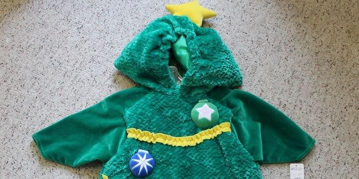 Зеленая и прекрасная: новогодний костюм елочки для девочки