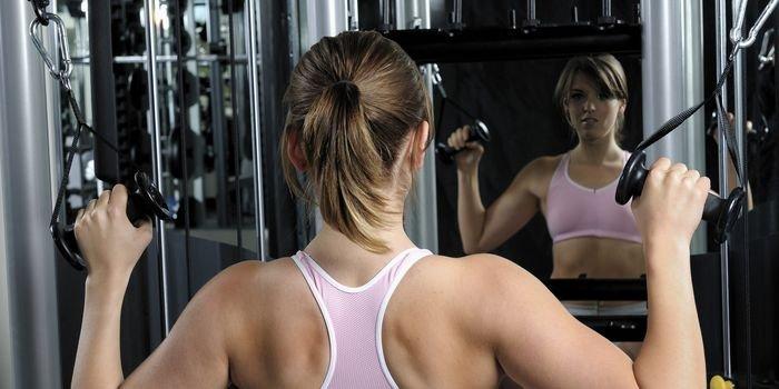Красивая спина: тренировки для сжигания жира