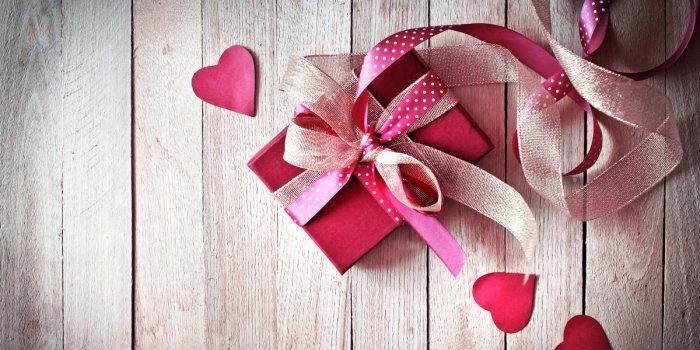 Что парню подарить на 14 февраля: оригинальные подарки для любимого
