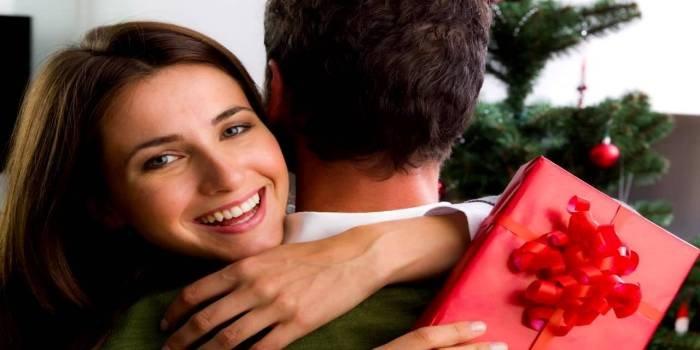 Необычный подарок на День святого Валентина: необычные идеи для презента