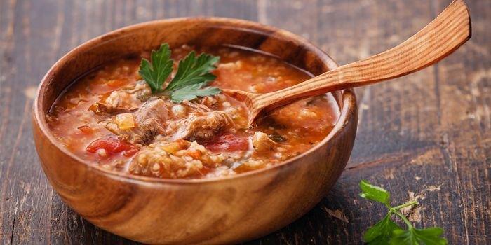 Как готовить наваристый и сытный суп харчо: классический рецепт