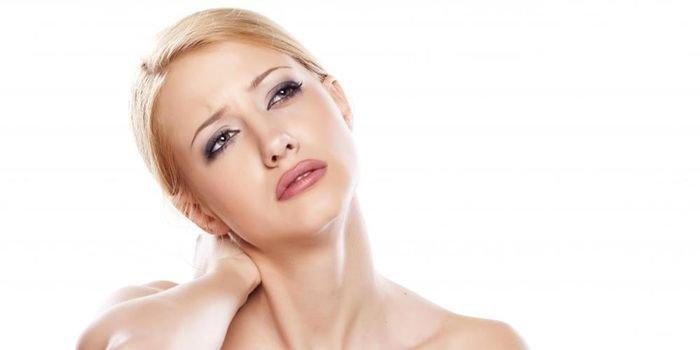 Избавляемся от морщин на шее: кремы, маски и упражнения