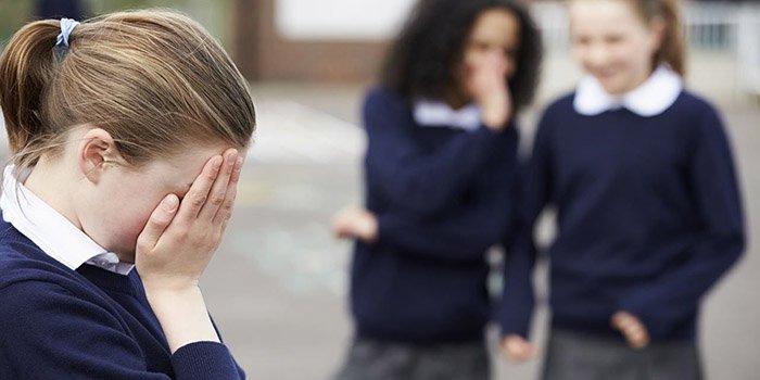 Школьная травля: кто виноват и что делать?