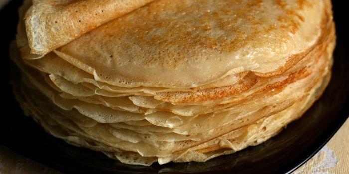 Вкусное домашнее лакомство - блины на ряженке, рецепты с фото