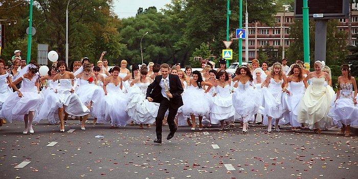 Топ-5 самых обсуждаемых свадеб отечественных звёзд в 2015 году