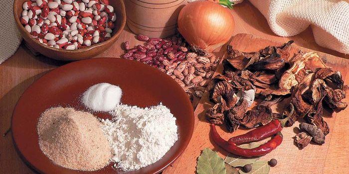 Можно ли в Великий пост растительное масло, выпечку, яйца, блины?