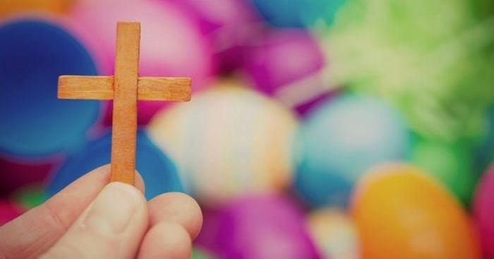 Что делают в Пасху верующие: обычаи и традиции Великого Дня