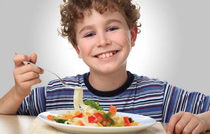 Вкусно и полезно: пять вариантов детских завтраков