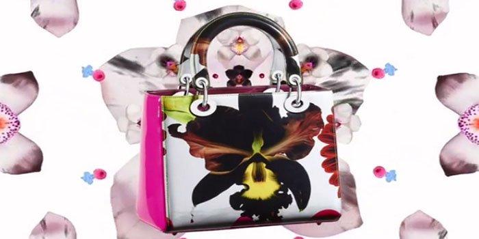 Коллекция сумок и аксессуаров Lady Dior от Marc Quinn в бутике Dior