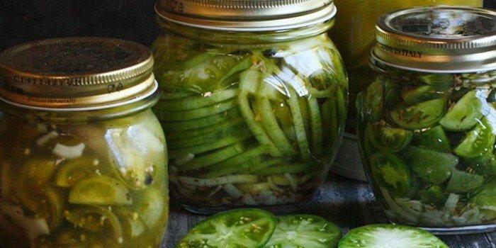 Салат из зеленых помидор на зиму — рецепты с фото без стерилизации, с чесноком, овощами и маслом, по-корейски