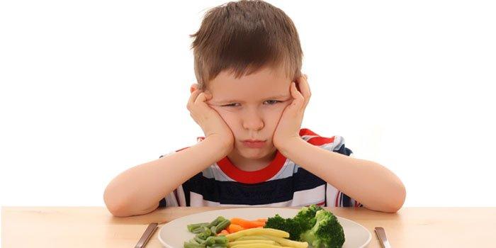 Не хочу – не буду: как накормить ребенка «правильной» едой