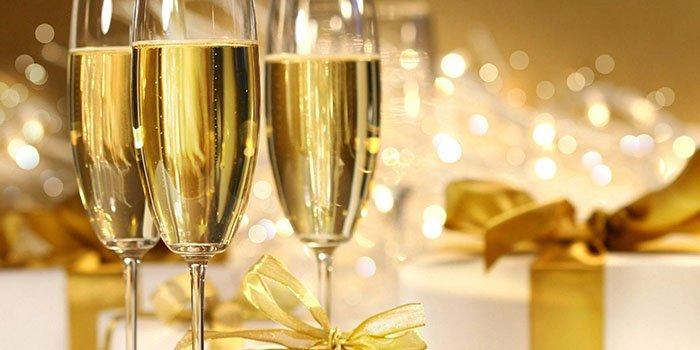 Как выбрать шампанское на Новый год 2017: контрольная закупка продукта