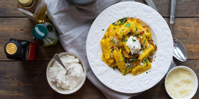 Легкий рецепт пасты с шафраном и рикоттой