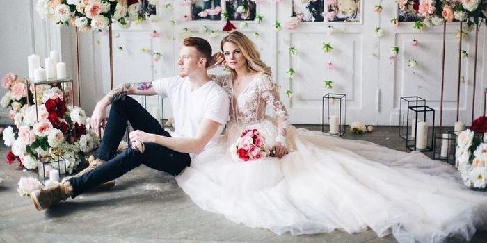 результате фотография свадебный торт для никиты преснякова фото под рукой нет