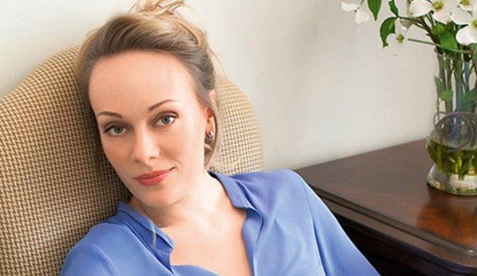 Тренировки актрисы Ольги Ломоносовой: «Урок на полу» для стройной фигуры после родов