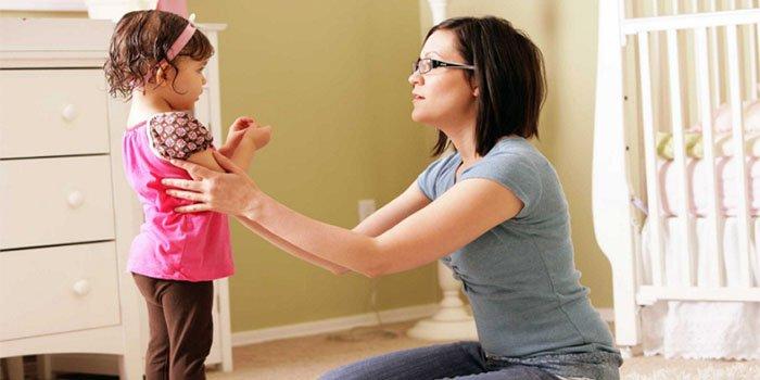 4 «правильных» фразы, которые не стоит говорить ребенку