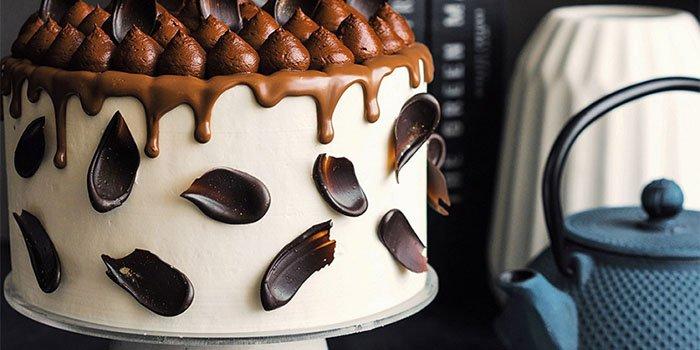 Вкусный рецепт нежного ванильно-кофейного торта со сливочным кремом