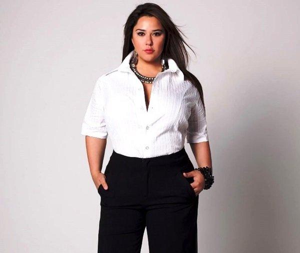 6b0056899097 Существуют определенные отделы в магазинах, где продается одежда для полных  женщин. Если выбирать ее из широкого размерного ряда, найти стильную вещь,  ...