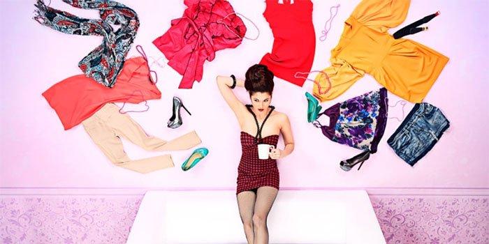Чего не должно быть в гардеробе модницы после 30: ТОП-5 вещей, от которых стоит избавиться!