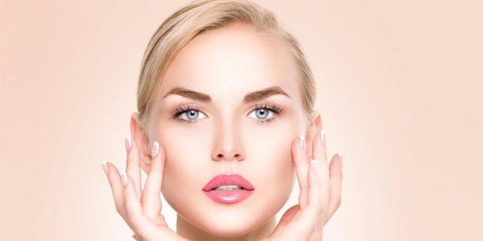 Как накраситься, если кожа шелушится: 4 секрета безупречного макияжа!