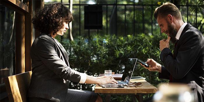 Стоит ли проверять телефон мужа: Советы психолога