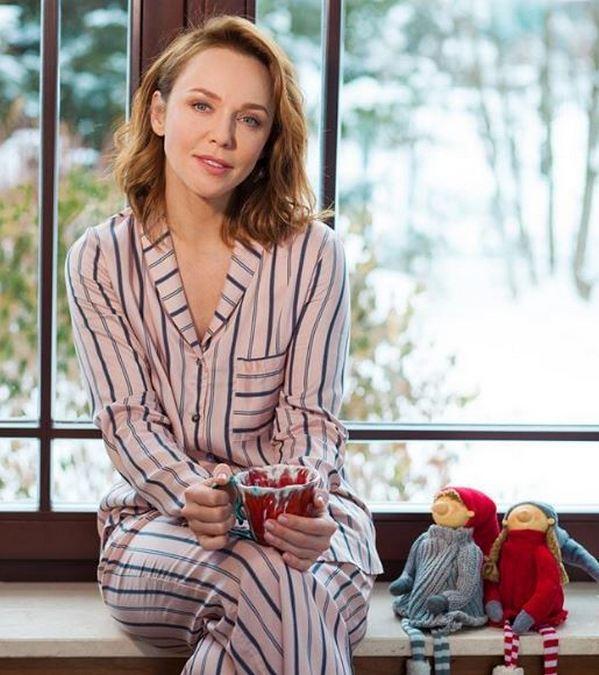 Альбина Джанабаева рассказала, как расслабляется перед сном