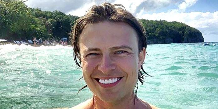 «Так у него все зубы вставные»: улыбка Прохора Шаляпина вызывает раздражение у интернет-пользователей