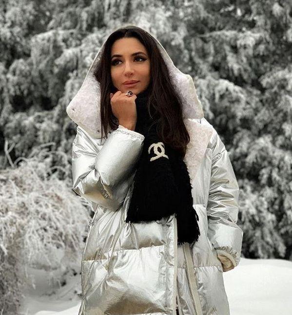 Певица Зара оказалась в центре финансового скандала: волгоградские чиновники распилили 1,2 миллиона на выступлении звезды