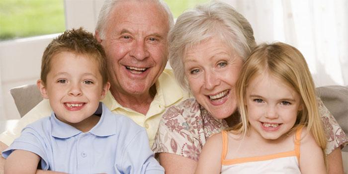 8 особенностей, которые мы наследуем от бабушек и дедушек